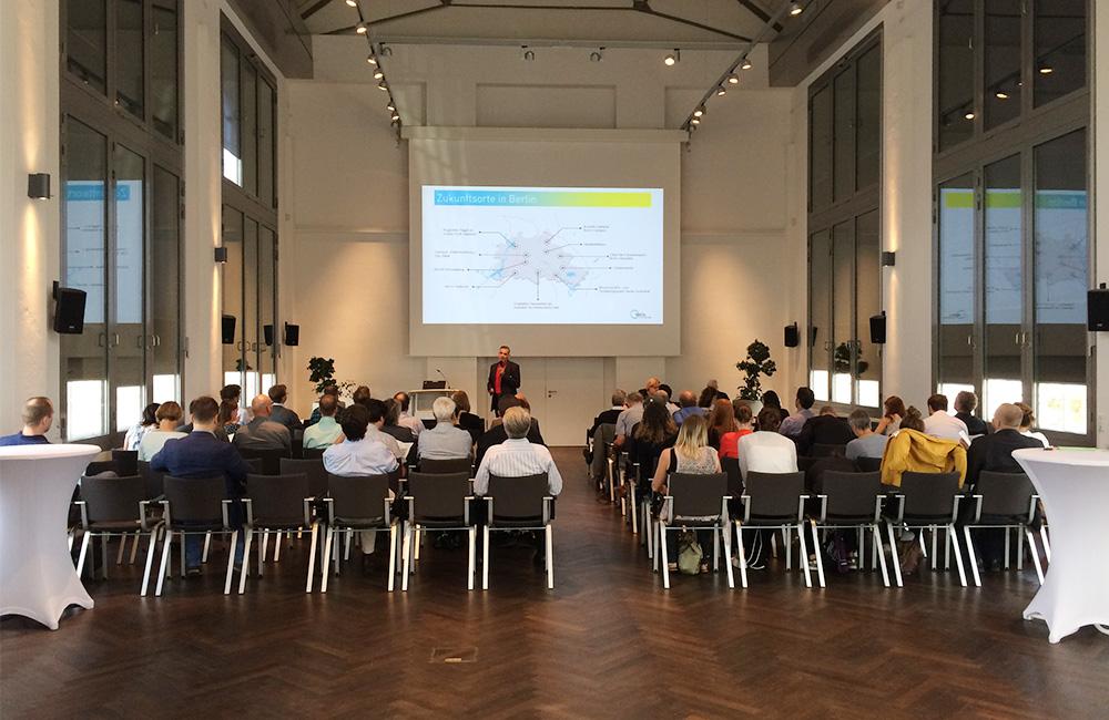 Begrüßung durch Roland Sillmann, Geschäftsführer der WISTA-MANAGMENT GMBH